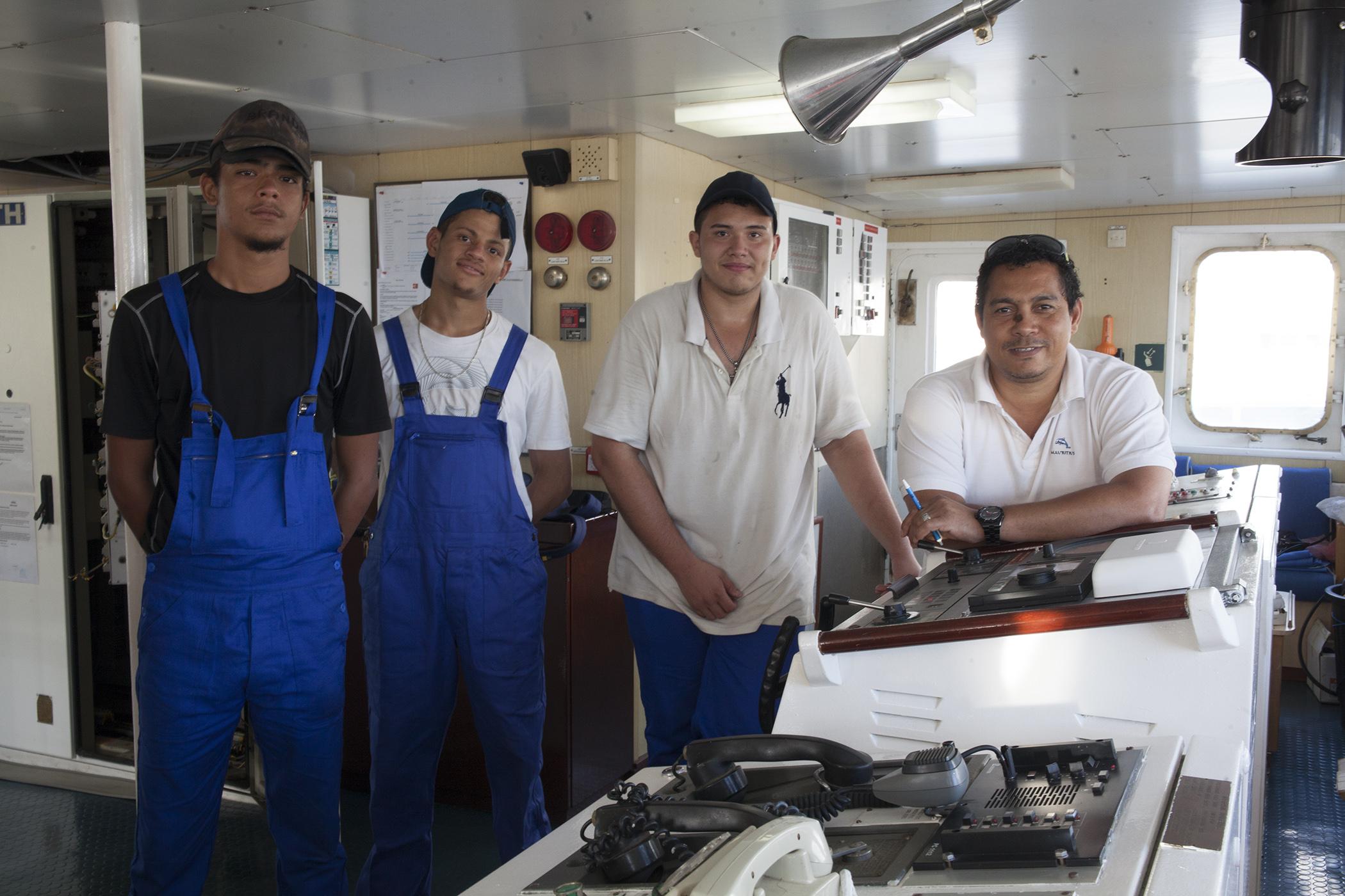 Stagiaire et capitaine de l'Austral navire SAPMER