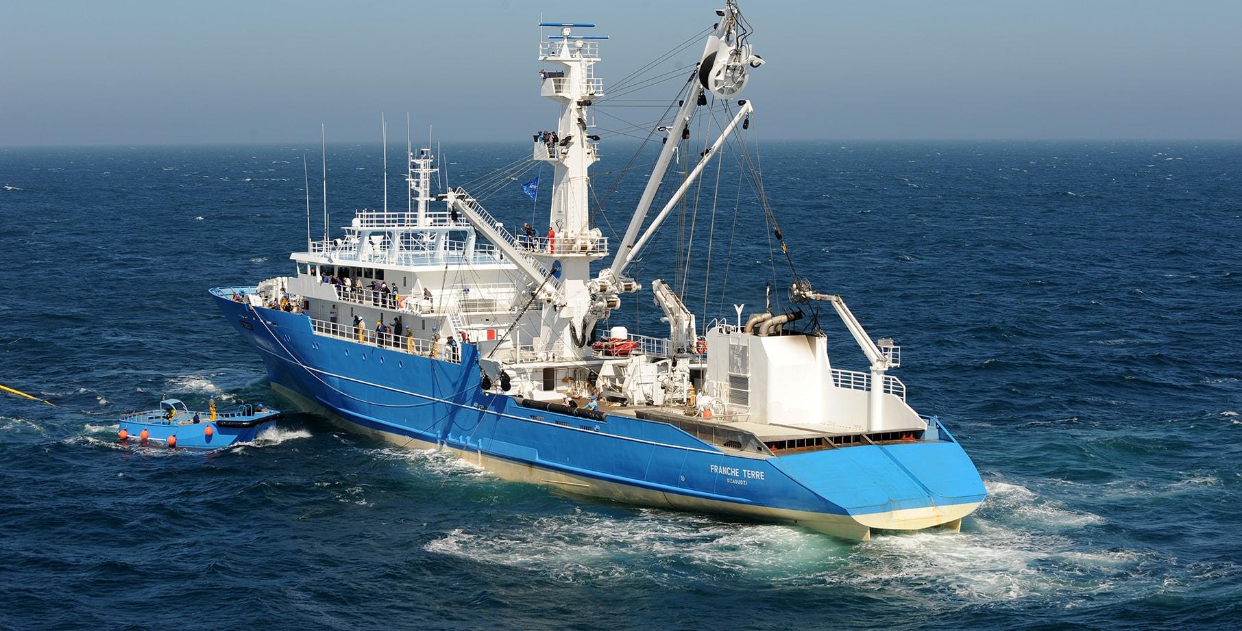 SAPMER fishing vessels - Tuna purse seiner FRANCHE TERRE